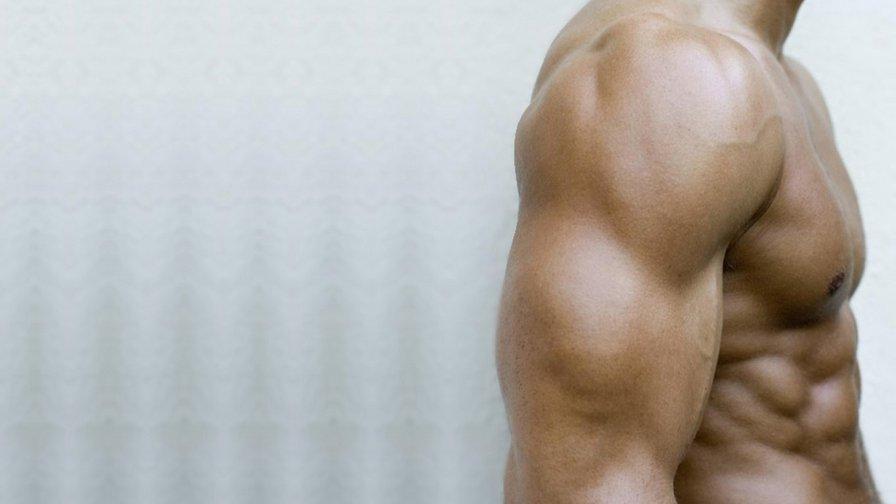 мужское плечо фото