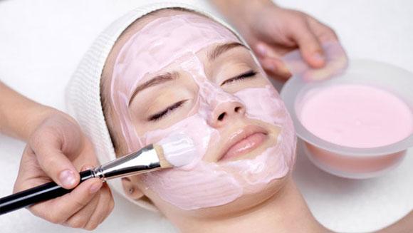 Как быстро освежить кожу к весне: 3 простых способа - фото №1