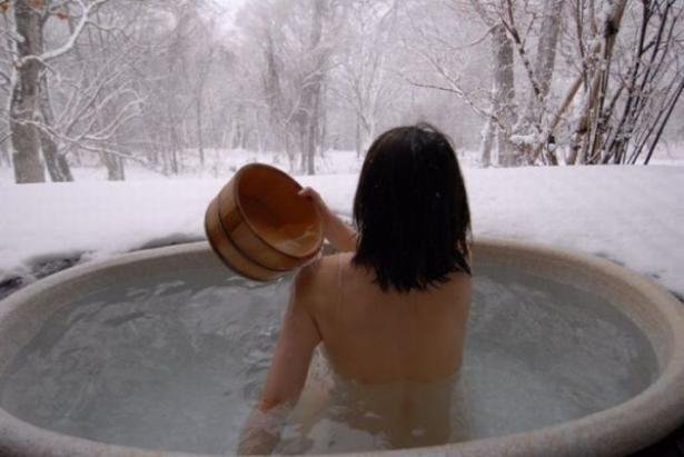 как правильно купаться в проруби на крещение