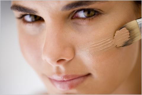 Как сохранить макияж на весь день - фото №1
