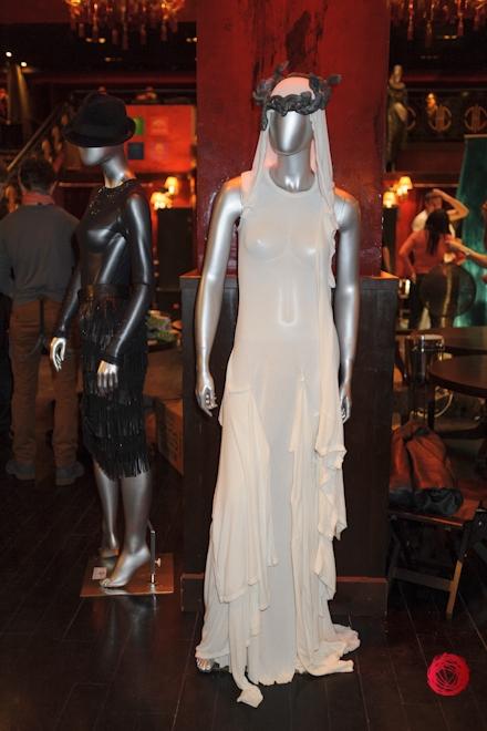 Коллекции красных платьев от украинских дизайнеров - фото №3