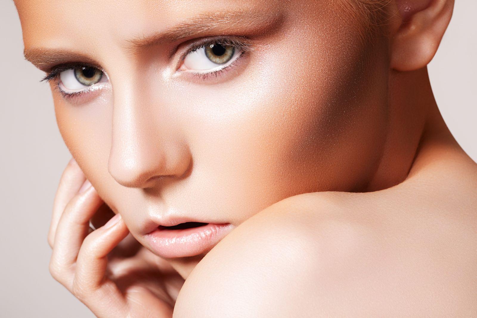 макияж скулы