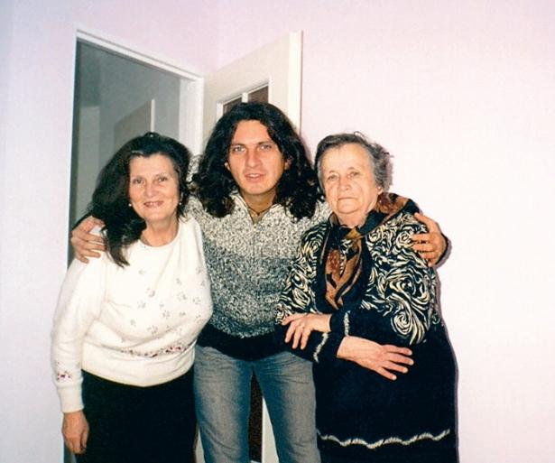 скрябин с мамой и бабушкой