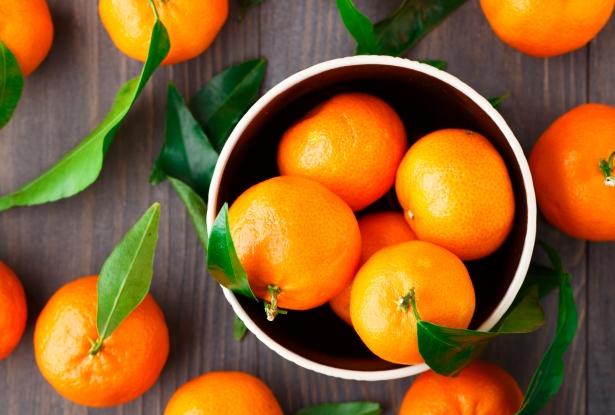 Чем полезны мандарины: свойства зимних фруктов - фото №2