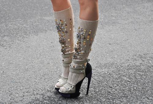 Тренд сезона весна-лето 2014: сочетаем носки и обувь - фото №39