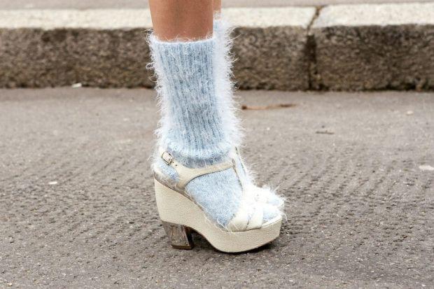 Тренд сезона весна-лето 2014: сочетаем носки и обувь - фото №40