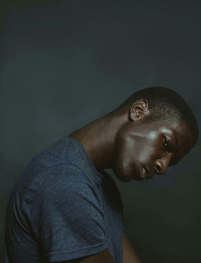 темнокожий парень