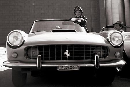 Какие тачки любили Мэрилин Монро, Шэрон Стоун и Брижит Бардо - фото №2