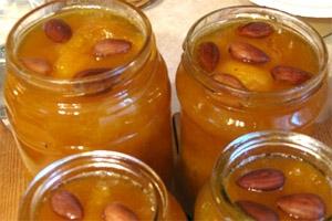 варенье из абрикос с косточками
