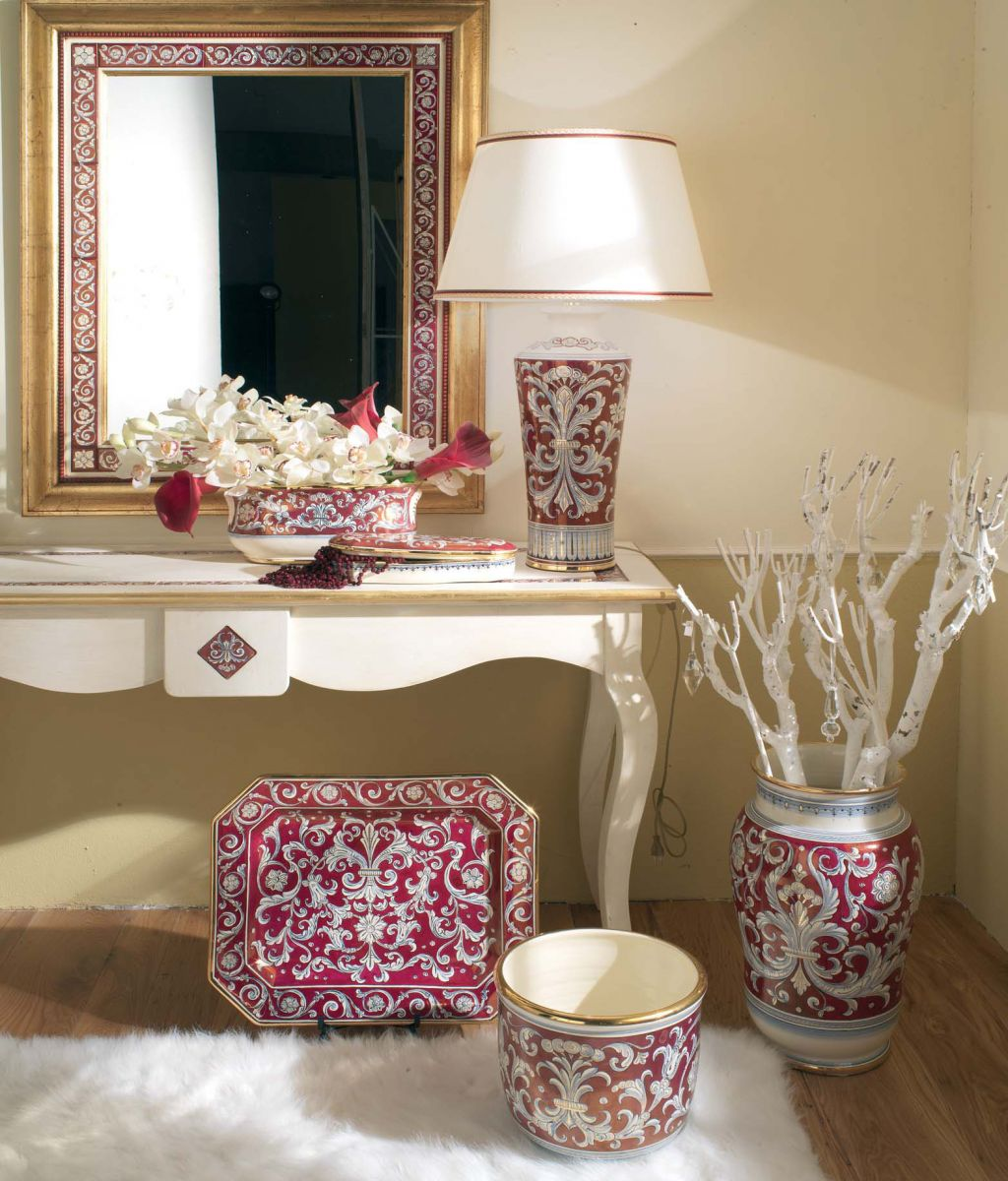 Тренд в интерьере: крупные вазы - фото №2