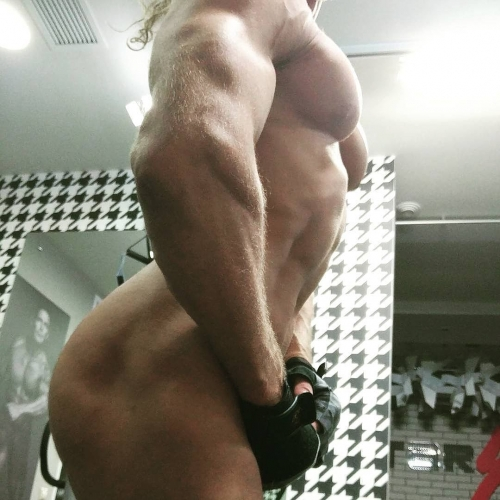 голый Тарзан фото