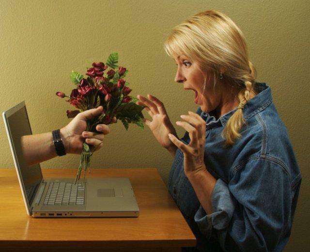 Как подготовиться к встрече с интернет-знакомым в реальной жизни: Любовь онлайн - фото №1