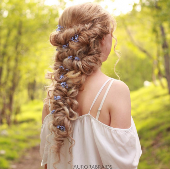 плетение на средние и длинные волосы