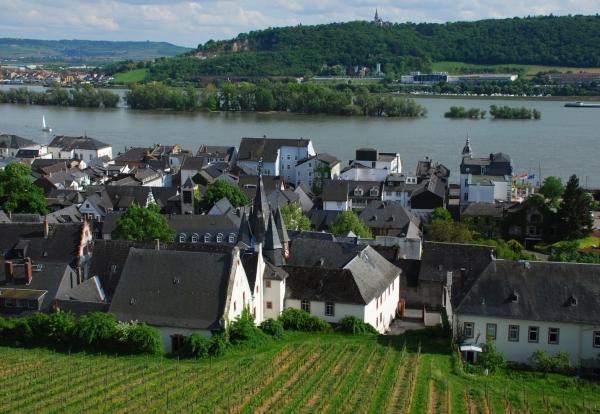 Куда поехать в германии долина Рейна фото