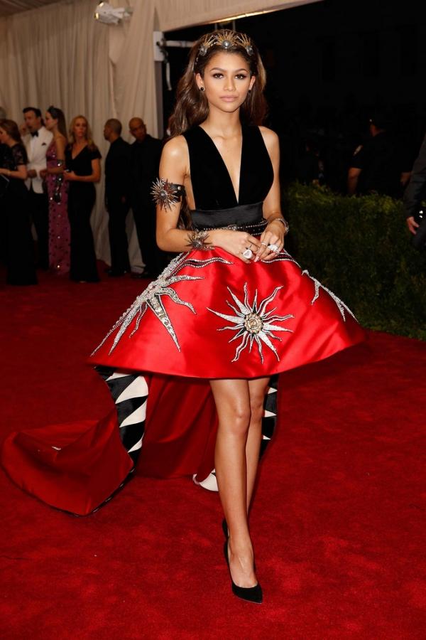 Самые скандальные платья Met Gala за всю историю - фото №4
