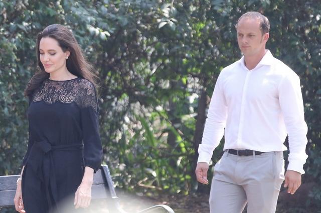 Похорошевшая Анджелина Джоли заметно прибавила в весе ради нового мужчины (ФОТО) - фото №1