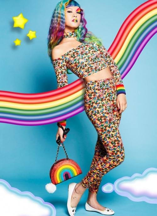 157764c4cb77 Подхватив моду на радугу, Весы смогут легко скомпоновать оригинальный  костюмы на Хэллоуин. Для этого им понадобятся цветные мелки для волос и  одежда всех ...