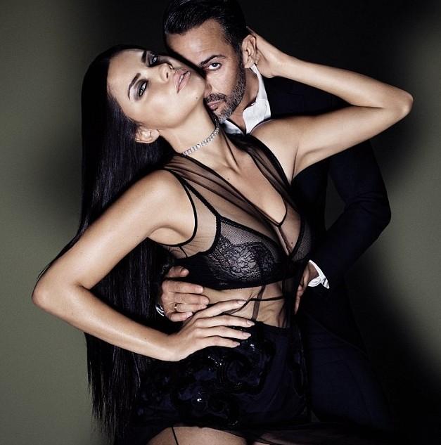 Сексуальная Адриана Лима рекламирует новый аромат Marc Jacobs - фото №1