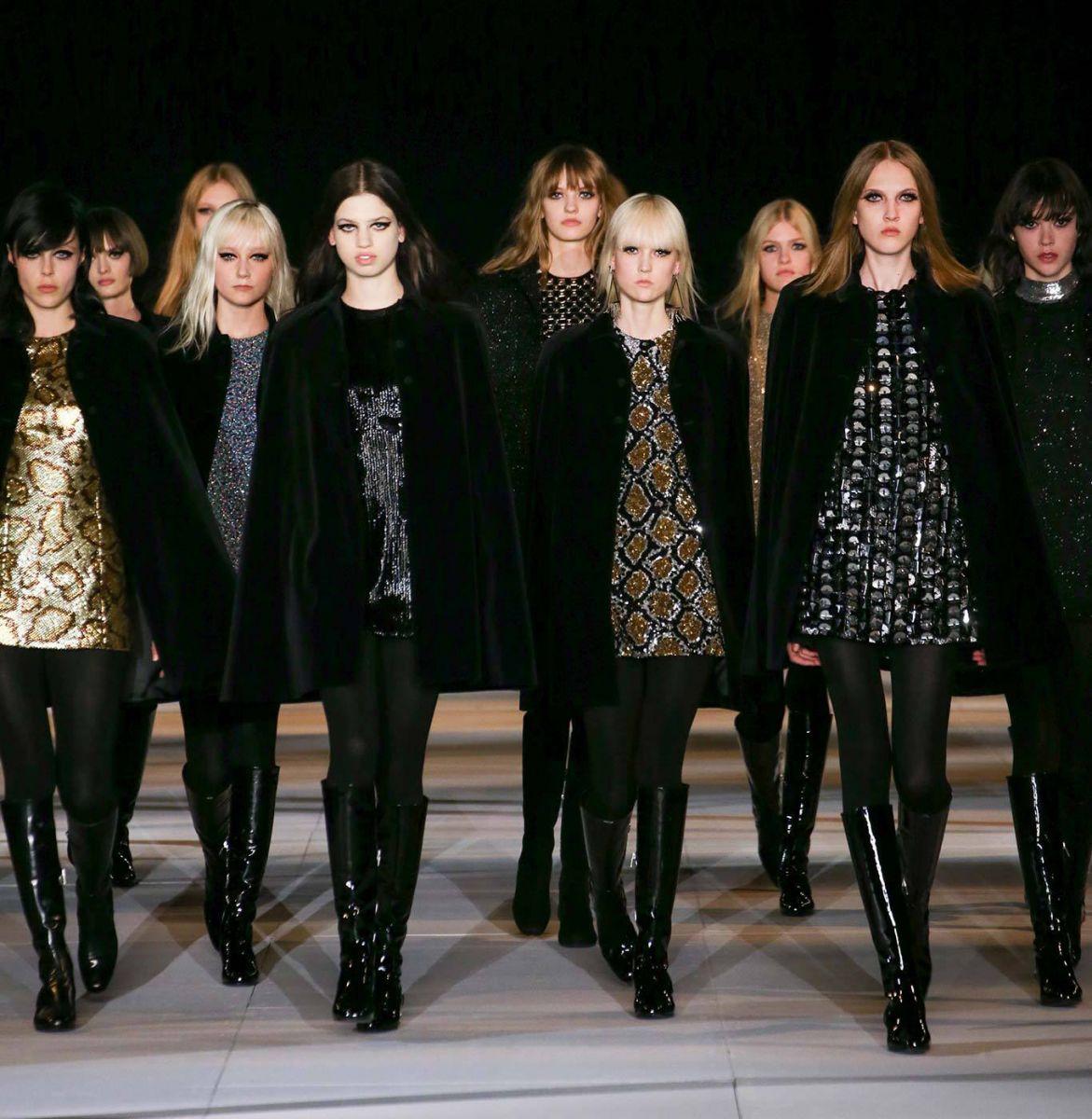 Блестящие мини-платья Saint Laurent - фото №2