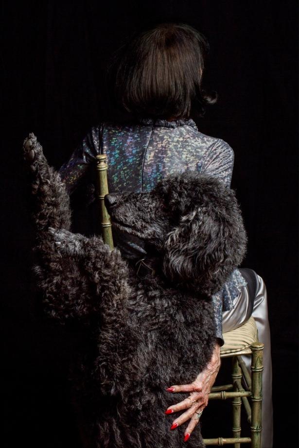 Волшебные руки: вышла рекламная кампания аксессуаров, моделями которой стали потрясающие женщины в возрасте - фото №1