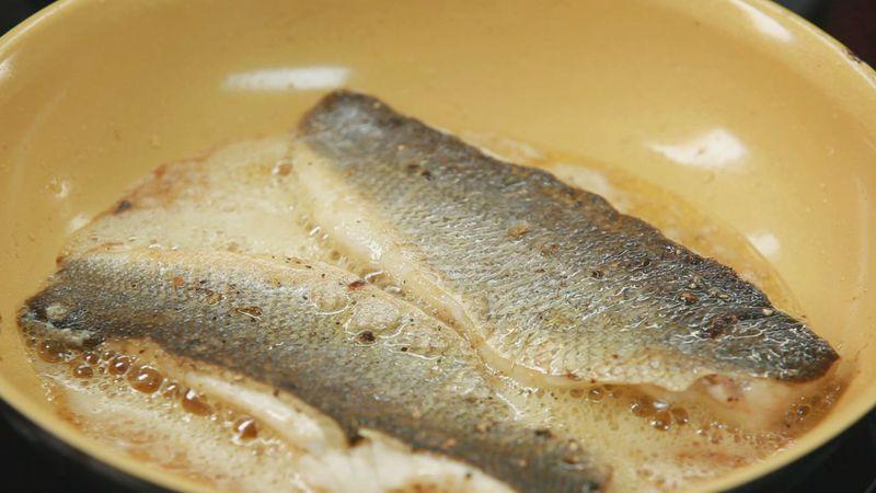 Золотые рецепты звезд: рис басмати по-индийски и жареный сибас от Леси Оробец - фото №12