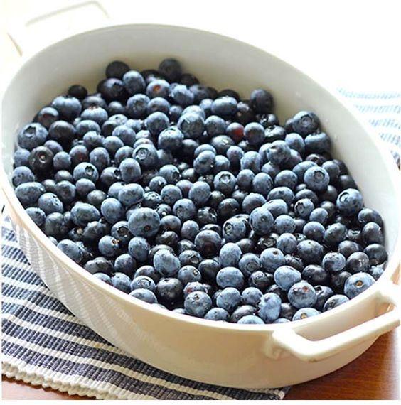 Замораживать хорошо только плотные ягоды черники