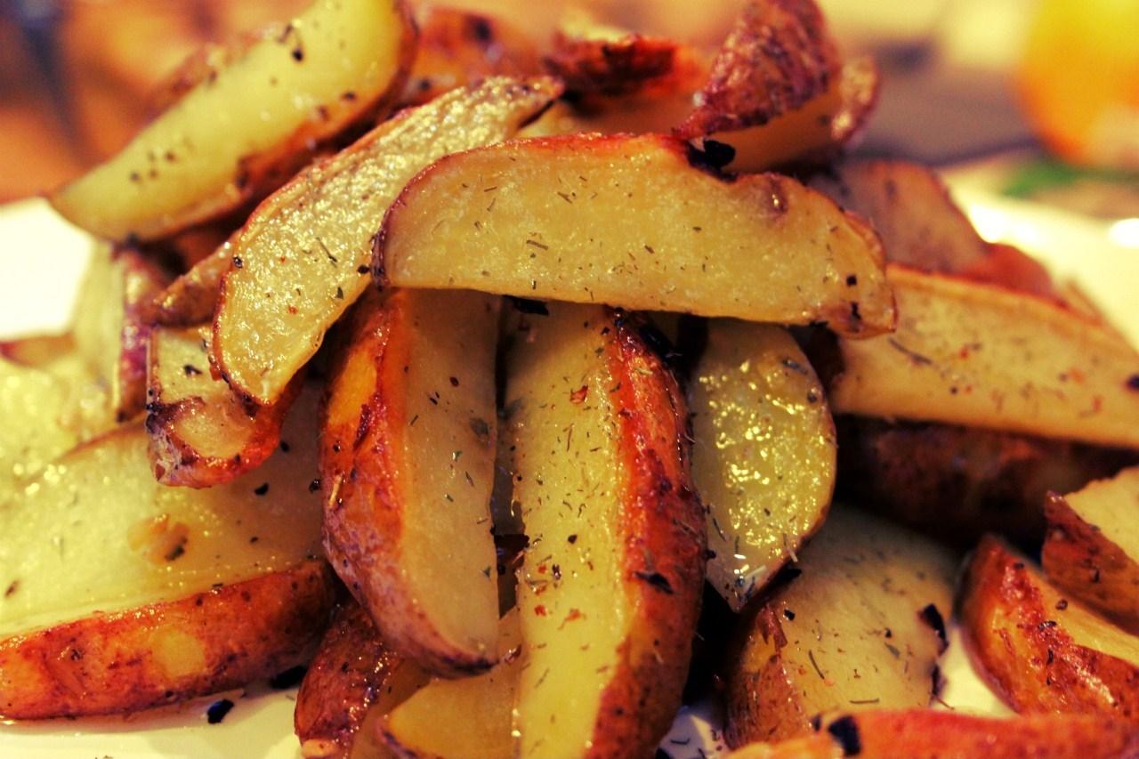 Как приготовить жареный картофель по-мароккански: Великий пост 2015 - фото №1