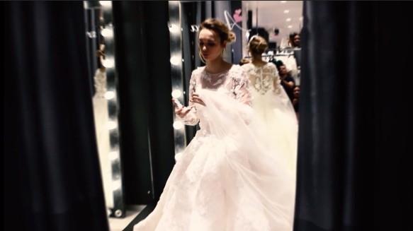 3c5bba4ee81 Сейчас же все внимание Дианы Шурыгиной приковано к выбору подвенечного  платья. Как стало известно в выпуске