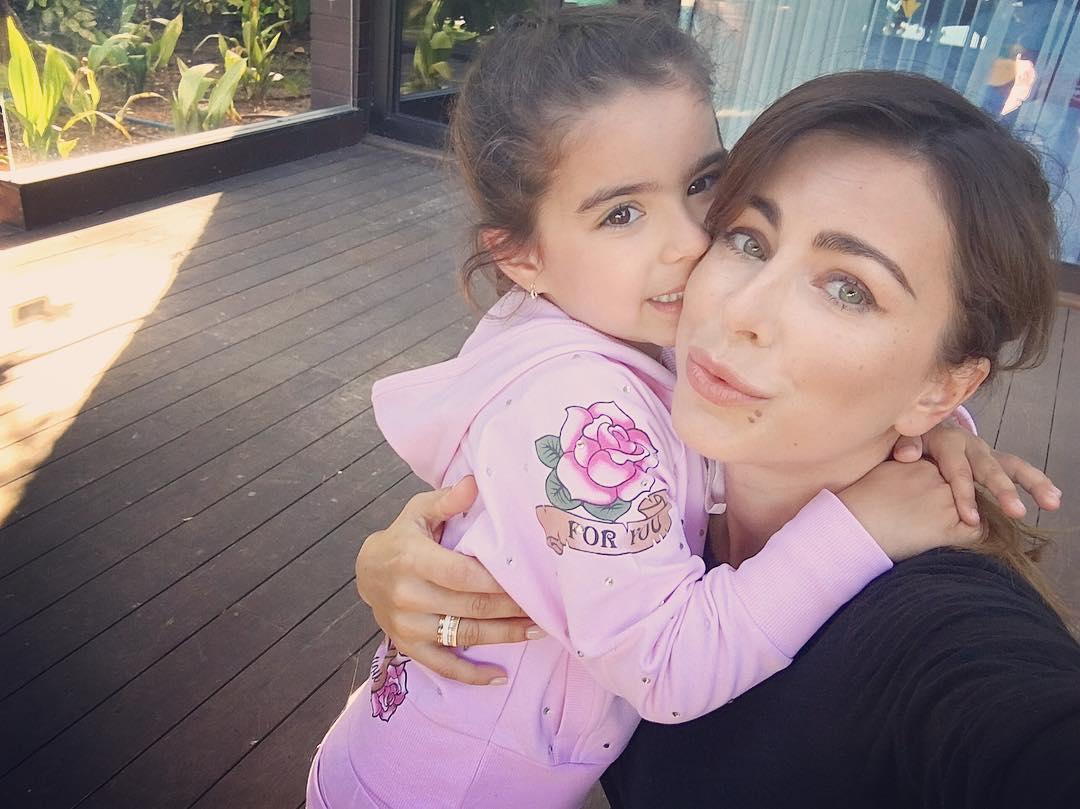 Секс видио в турцы папы с дочкой