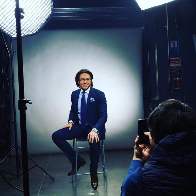 СМИ: Андрей Малахов покидает Первый канал после 16-ти лет работы - фото №2