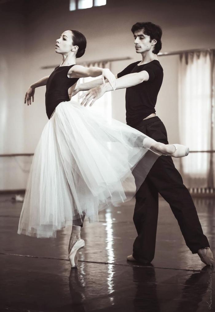 балерина Екатерина Кухар
