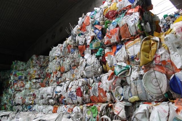 сортировка мусора в украине