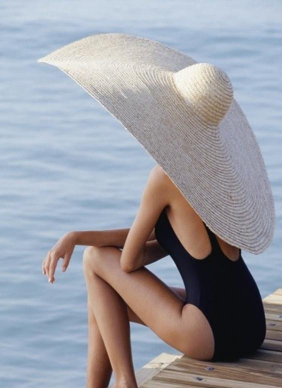Главное при солнечной аллергии - защищаться от солнца всеми доступными способами