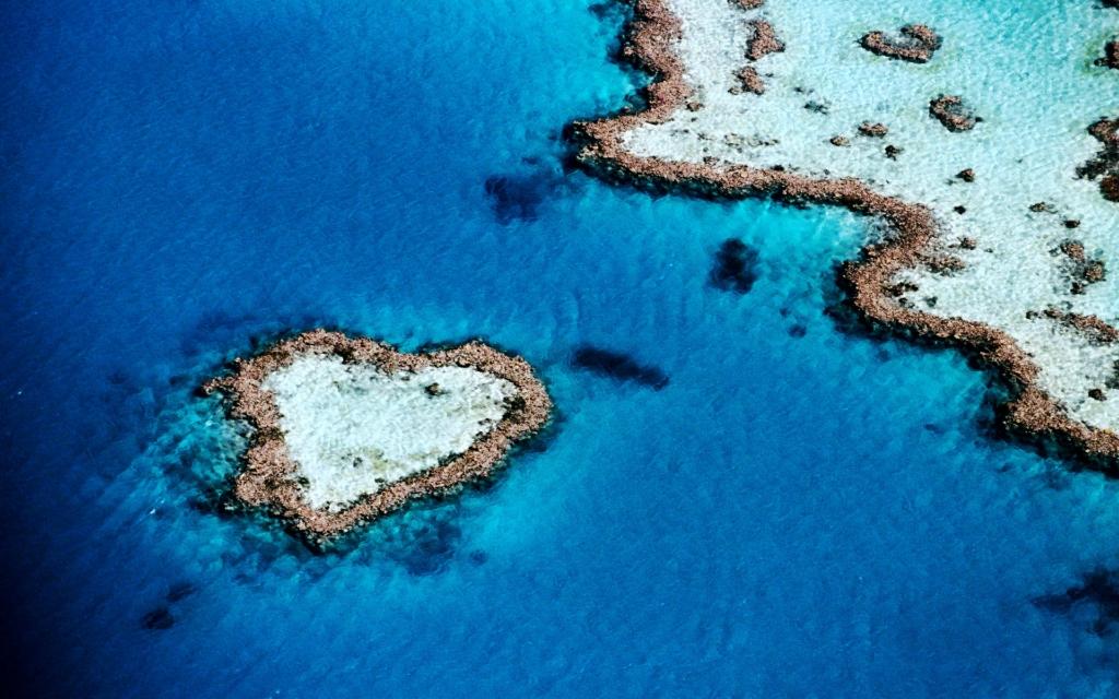Романтикам на заметку: места на Земле в виде сердца - фото №9