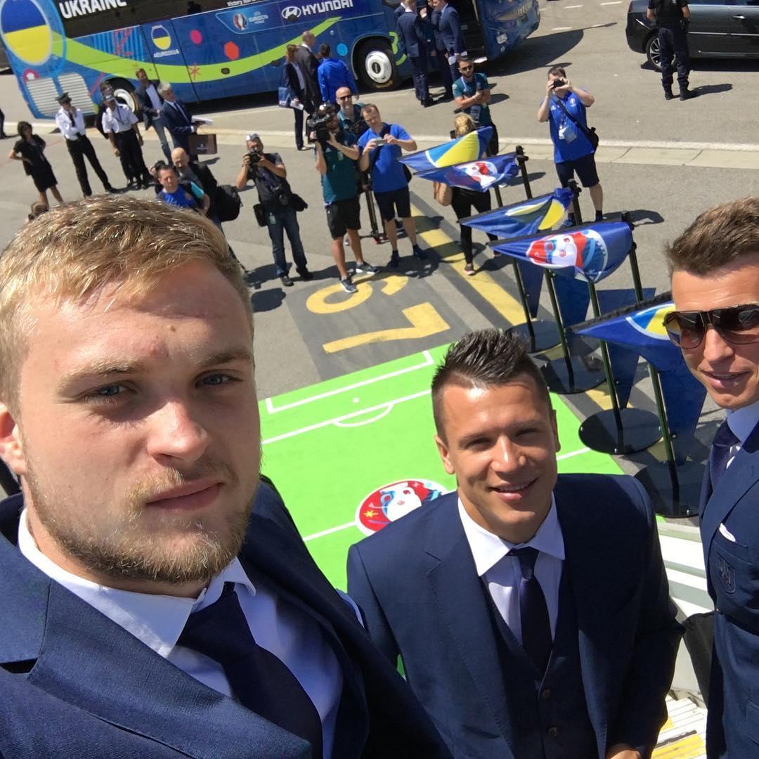 Футболисты сборной Украины в Инстаграме: как игроки готовятся к Евро-2016 - фото №4