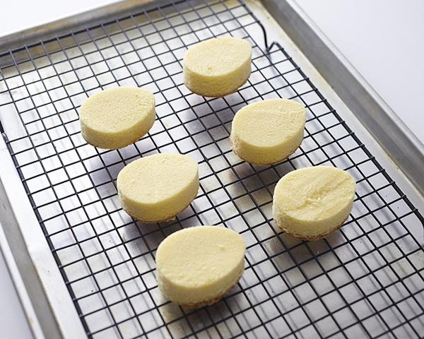 меню на пасху Мини – пирожные «Пасхальные яйца»
