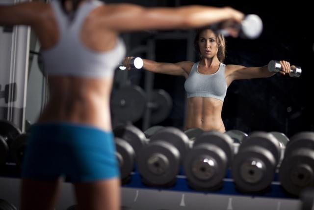 Тренировки возвращают мышечную массу. Конечно, потеряв 5 кг всего веса, ты  похудеешь, но из этого веса половину будет составлять мышечный вес, что, ... 02bf5cd8fe9