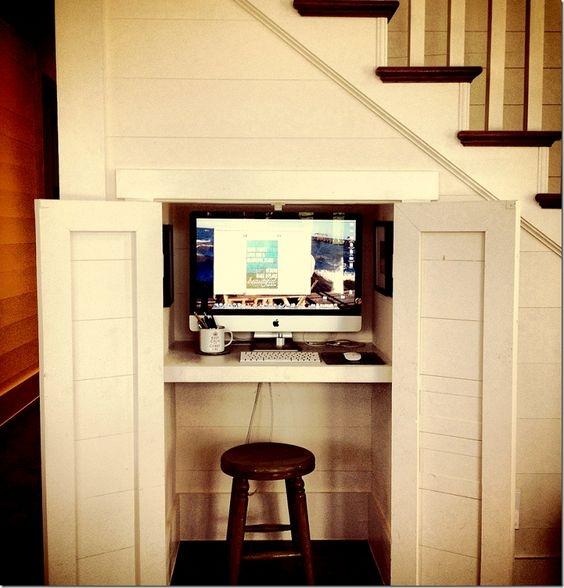 кабинет в кладовке