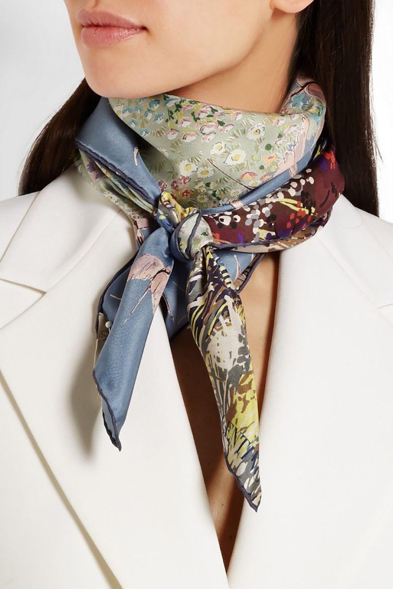 Модные платки и шарфы на весну: как выбрать, где купить, с чем носить