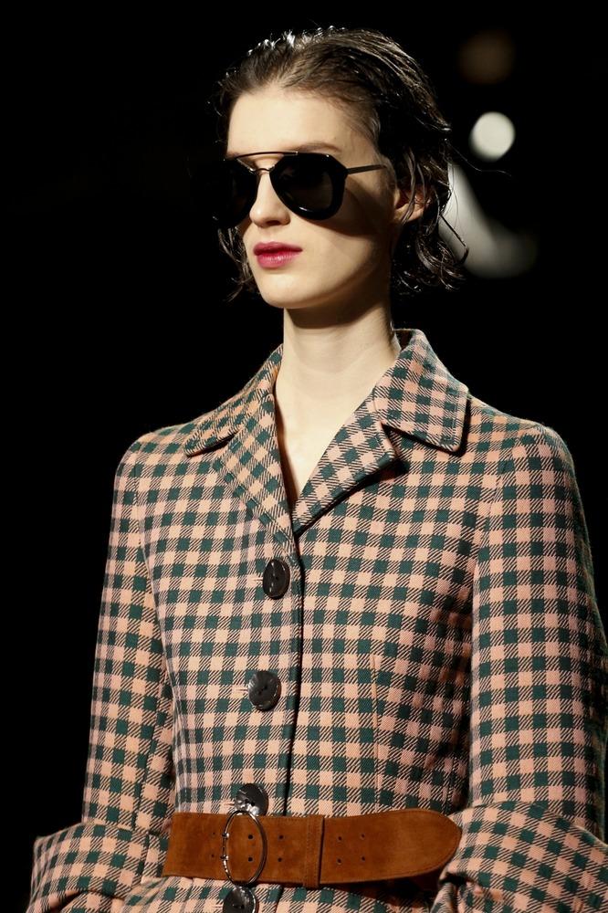 Неделя моды в Милане: показ Prada FW 2013-2014 - фото №1