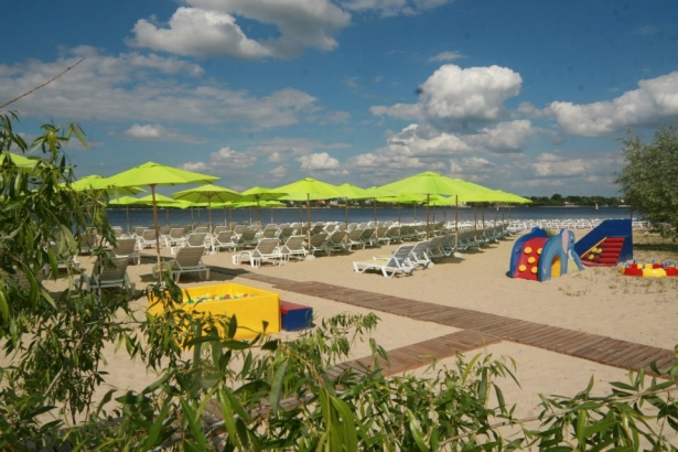 Пляжные рестораны Киева: где можно почувствовать себя как в отпуске - фото №1