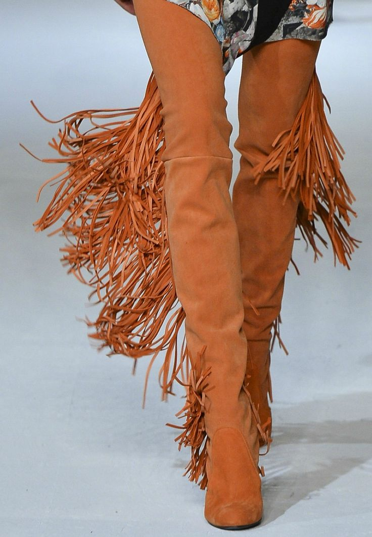 Как носить сапоги-чулки