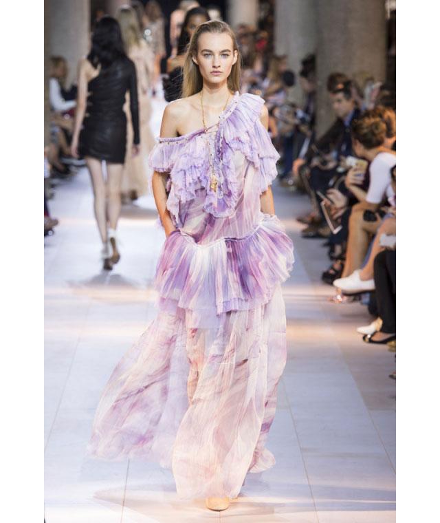 Неделя моды в Милане 2015 как носить оборки