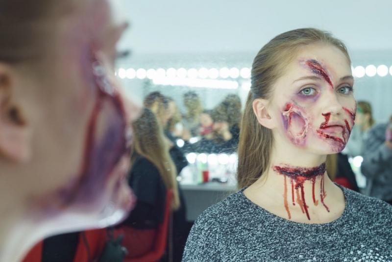 Грим на Хэллоуин: как сделать в домашних условиях | Секреты раскрывает главный гример телеканала СТБ Виктория Бессараб - Красота