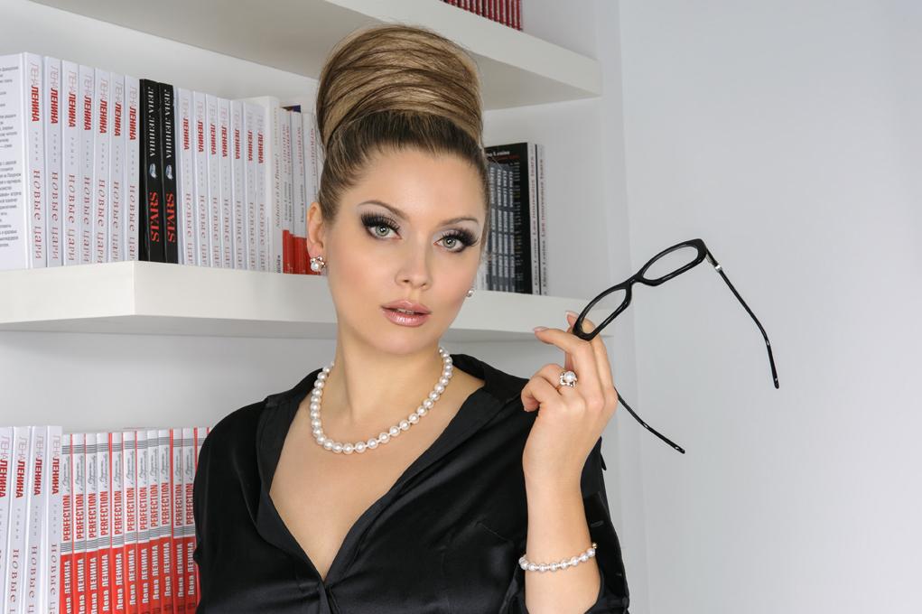 Звездная косметичка светской львицы Лены Лениной - фото №3