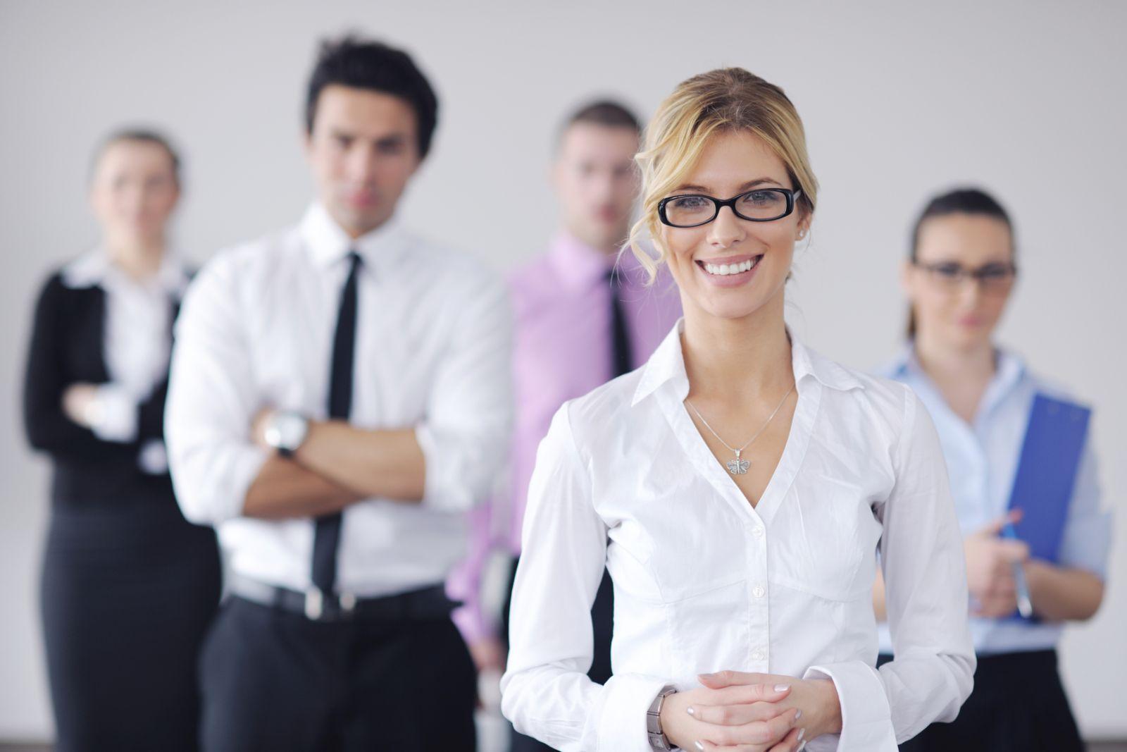 Кто такой секретарь: 6 мифов о девушке в приемной - фото №4