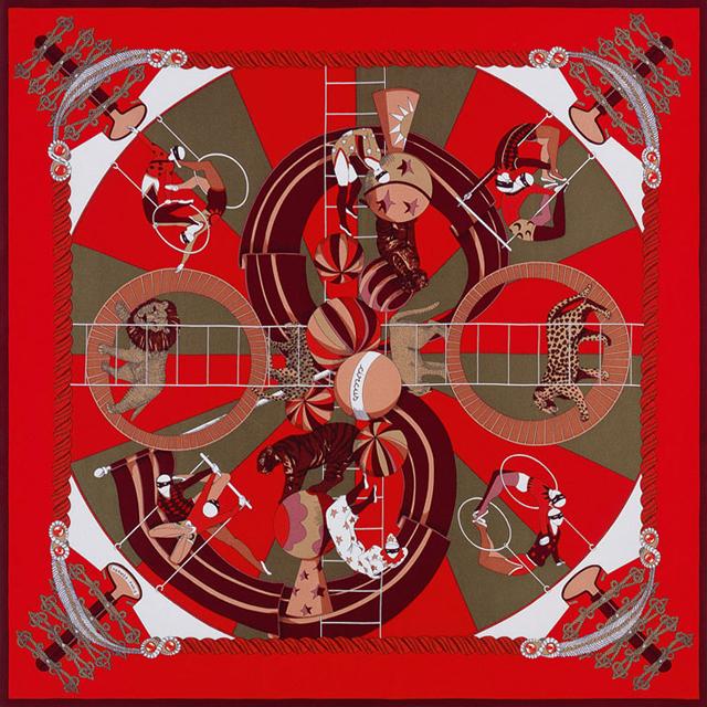 Пестрые платки Festive Red от Hermès - фото №1