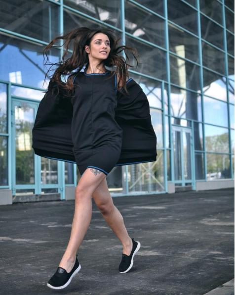 Открытие недели: платье-трансформер украинского бренда Omnia Dress, которое можно носить 100 разными способами