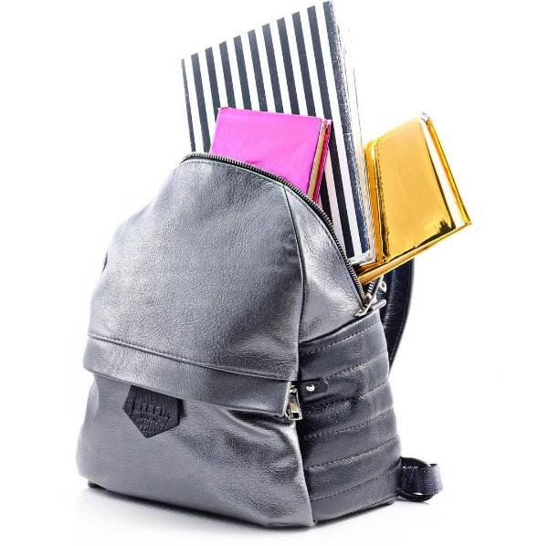 Где одеться в Украине: кожаные рюкзаки Made in Ukraine