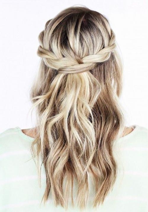 Какую прическу сделать на последний звонок: лучшие прически на длинные и средние волосы (ФОТО) - фото №37